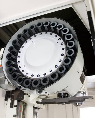 Фрезерные обрабатывающие центры DMTG. Серия VDL, Автоматическая смена инструмента манипуляторного типа