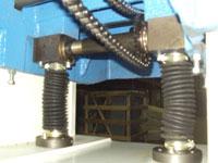 Рейсмусовый станок СР4-20М-01, рабочий стол зафиксирован на двух опорах