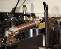 Кромкооблицовочный станок Filato FL-130, узел предворительной обрезки
