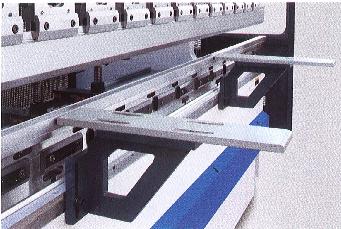 Гидравлические листогибочные пресса SMD. Серия WEH, Две передние поддерживающие опоры