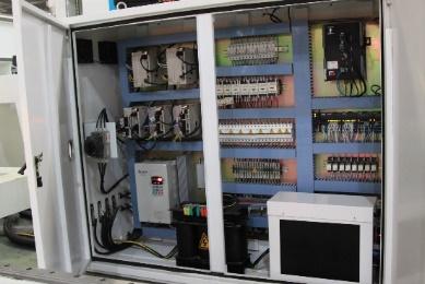Фрезерно-гравировальный станок с числовым программным управлением Beaver 25 AVLT8 ,Шкаф управления