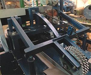 Система прижима станка для переработки горбыля GR-3