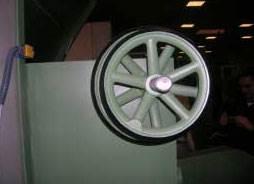 Многопильный дисковый станок HNS, регулировка верхних вальцов