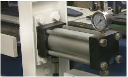 Пресс для сращивания по длине Beaver мод. «3100A/160; «4500A/160; «6000A/160»; «9000A/160», мощный гидроцилиндр прессования