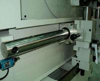 Шипорезный станок для овального шипа YRT-115, столы перемещаются по массивной закаленной цилиндрической направляющей