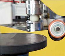 Станок для облицовывания криволинейных мебельных деталей «GELIOS», рабочий стол