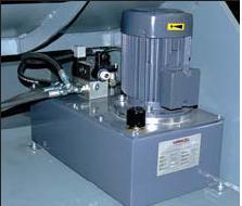Шредер для измельчения отходов LR1400 (Австрия), управление гидравлическим толкающим прессом