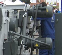 Рубительная машина барабанного типа СМ 400 (Австрия-Болгария), гидравлическая помпа