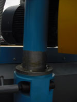 Торцовочный станок ЦТ10-4, вертикальное перемещение пильного суппорта