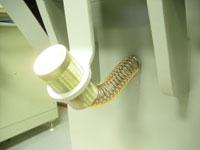 Круглошлифовальный двухленточный станок FS-80B2, сила прижима регулируется пружиной