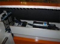 Раскроечный центр с задней загрузкой FILATO NPL-330H серии INDUSTRIAL, Прижимная балка форматно-раскроечного центра