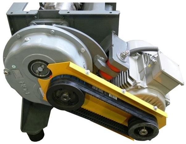 Шредер для измельчения древесных отходов LR520 (Австрия), приводной механизм