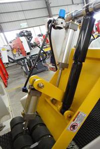 Пневматический прижим леточно-делительного станка Quadro-350Pro