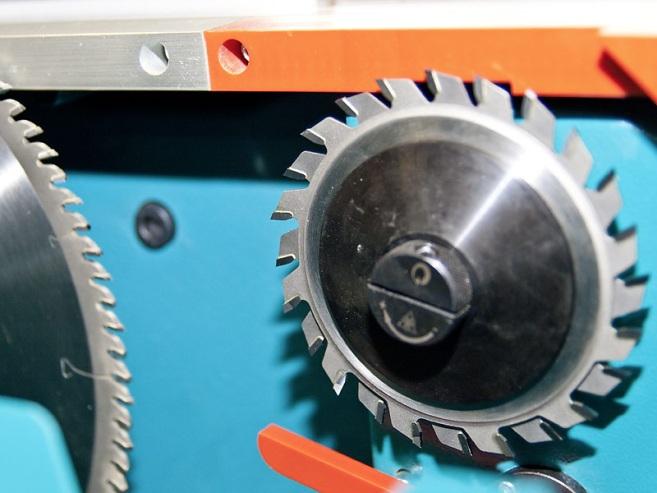 Форматно-раскроечный станок «MARTIN Т75 PreX», 2-х осевой подрезной агрегат с электромеханической настройкой
