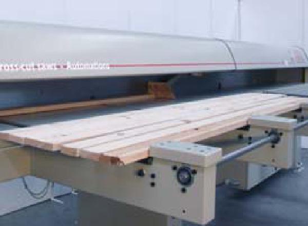 Автоматическая линия оптимизации TRSI 8000E - TSEP, cals 1200 х 4 - загрузочный цепной транспортер