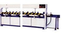 Пресс для сращивания по длине (автомат) PSK 3100A, 4500A, 6000A, 9000A, 12000A, схема обработки, станина с усиленными стойками позиции прессования