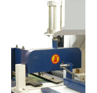 Пресс для сращивания по длине (автомат) PSK 3100A, 4500A, 6000A, 9000A, 12000A, схема обработки, ограждение пилы и прижим плети